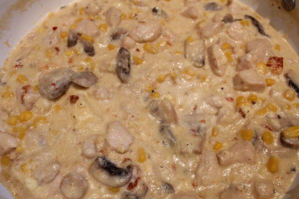 Сос Енчиладас с пилешко и сметана от Вкусните рецепти